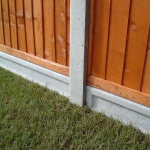 6ft x 6 x 2in (1.83mx150x50mm) Lightweight Concrete Gravel Board