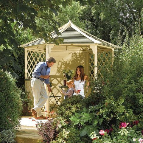 5 Fantastic Gazebos for Summer and Beyond