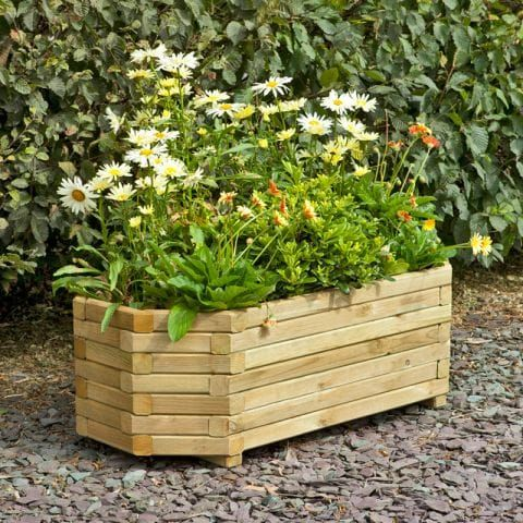 Ten Perfect Planters for Your Garden